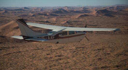 Skeleton Coast flying safari over the Namib dunes